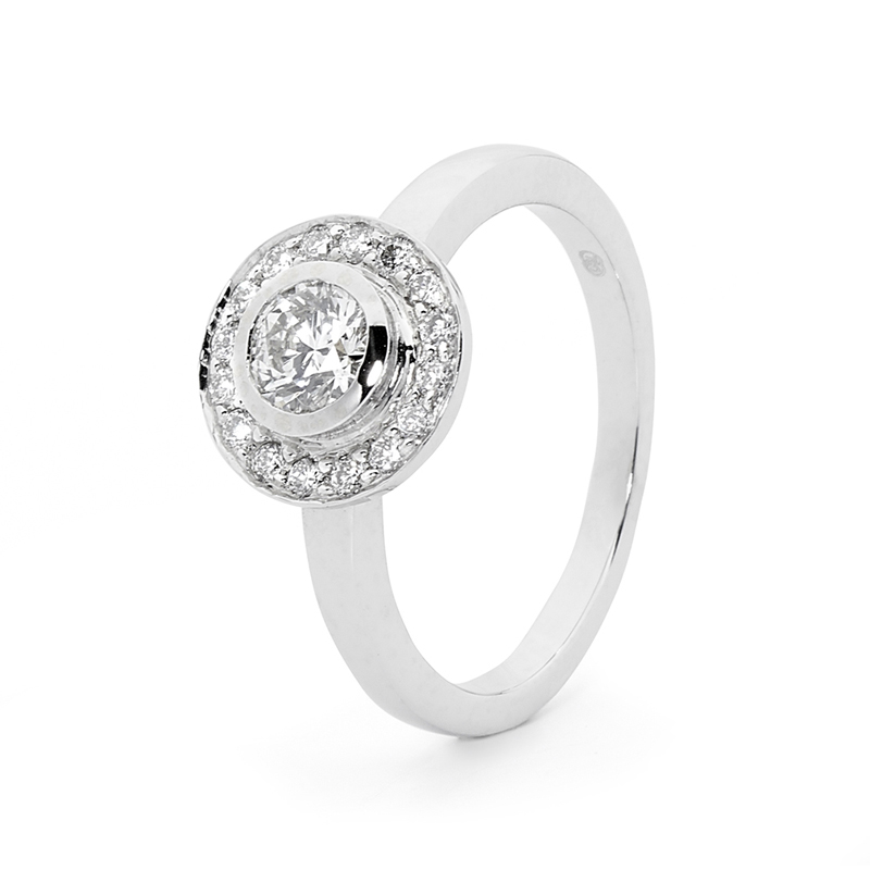 18 Carat White Gold Engagement Ring - Bridal - 3/4 Carat