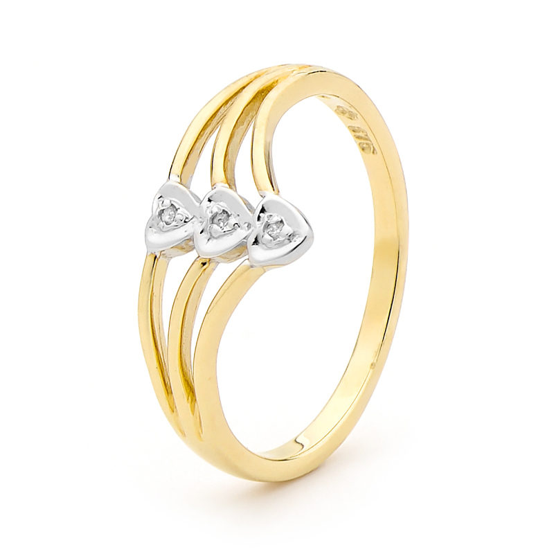 Gold Ring with 3 Hearts and Diamond
