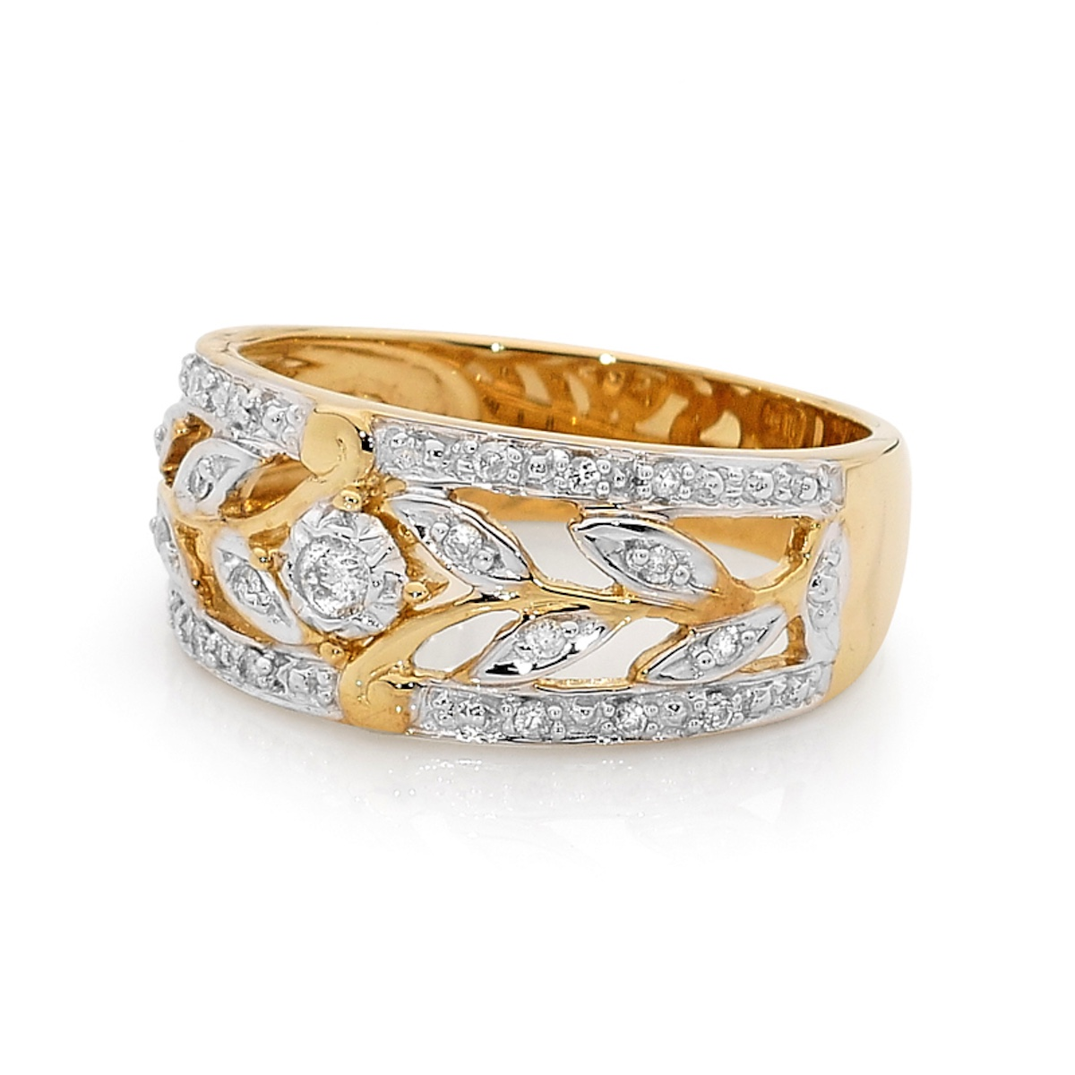 Baroque style Diamond ring