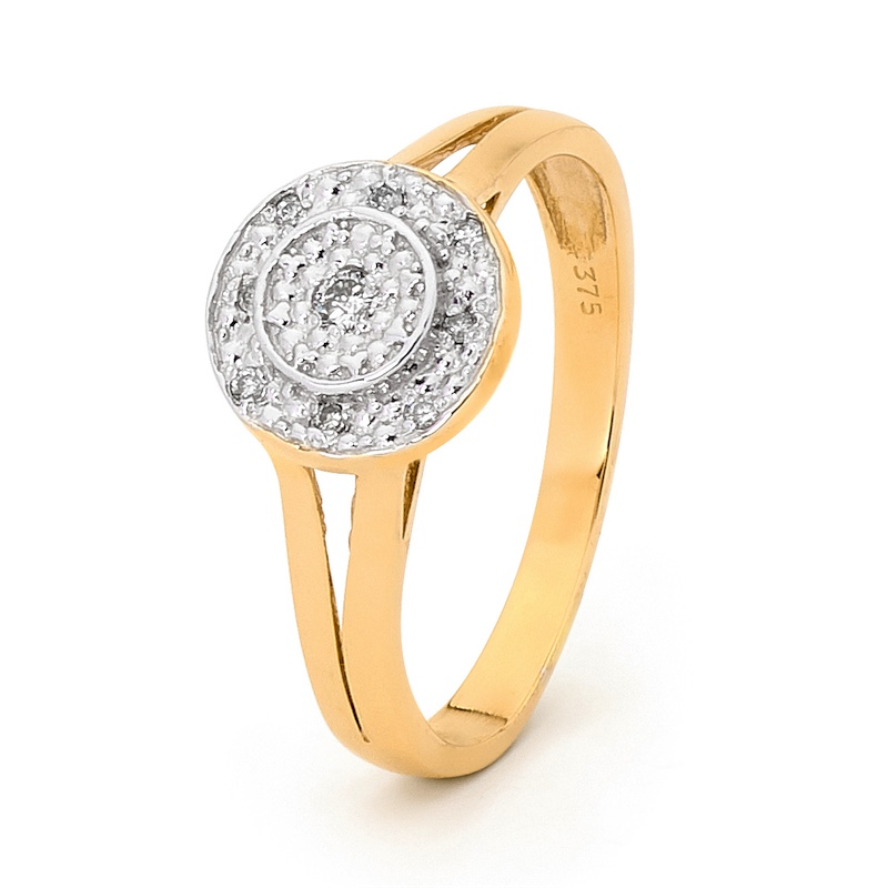 A Ring with a Ring of Diamonds