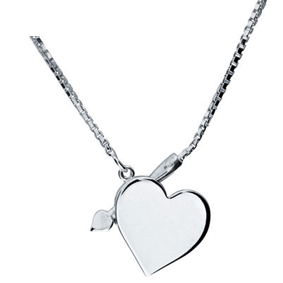 Amour's silver heart necklace