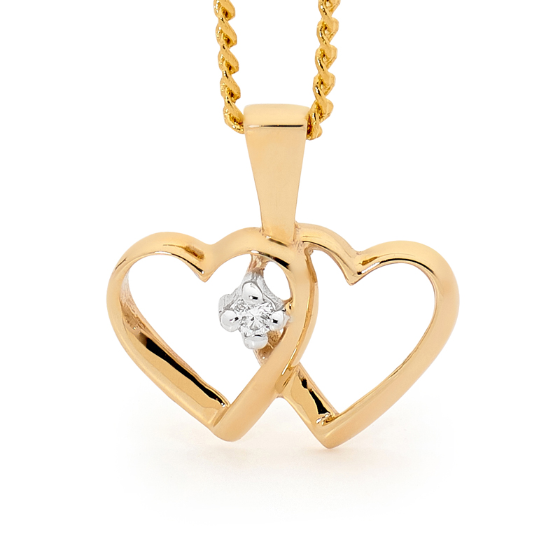 Romantic Heart Pendant with Diamond