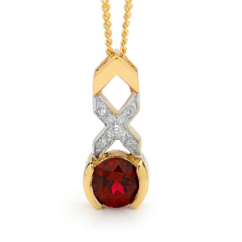 Kiss Hug Pendant with Ruby and Diamond