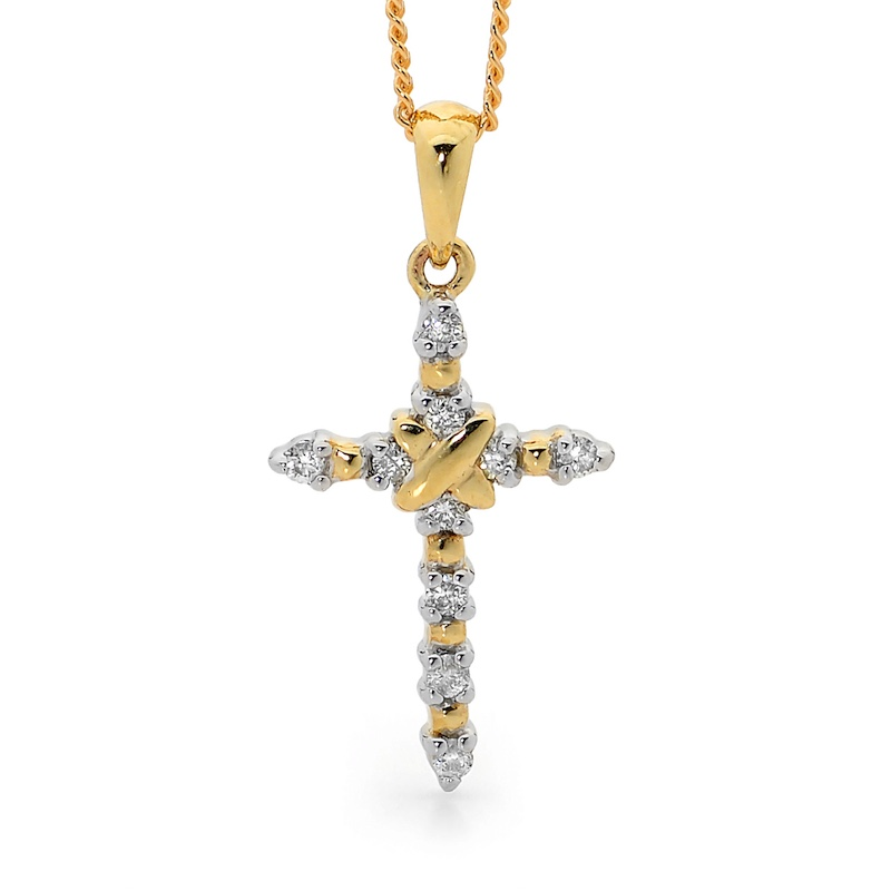 Diamond Set Cross Pendant - TDW 0.1 Carat