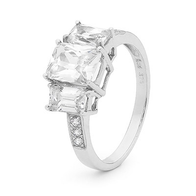 Cubic Zirconia Ring - White Gold - Engagement