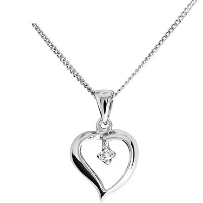Elegant white gold Diamond set heart pendant