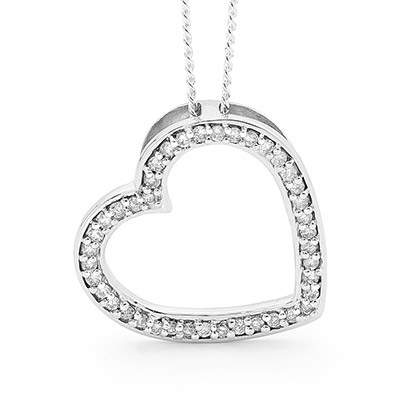 42 Diamond White Gold Love heart