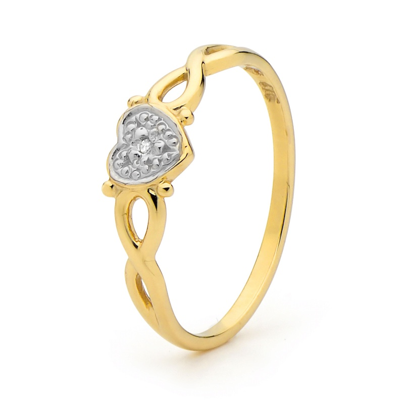 Gold Heart Ring with Diamond