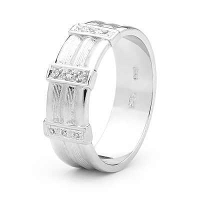 J02 - Cool Silver Gent's Ring with Zirconia - Size U